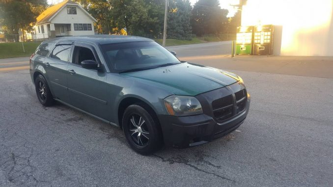 dodge magnum for sale us and canada used car classifieds srt8 hemi. Black Bedroom Furniture Sets. Home Design Ideas